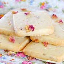 Where Can I Buy Rose Petals Best 25 Rose Water Ideas On Pinterest Diy Beauty Water Skin