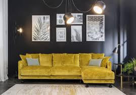 Ambiance Et Deco Accumuler Les Cadres Au Mur Salon Cocooning Pinterest Idee