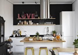 cuisson cuisine ilot central avec evier et plaque de cuisson cuisine en image