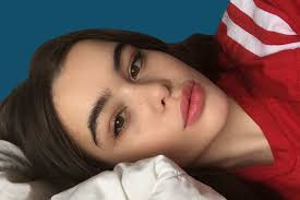 barbie ferreira american apparel how curvy model barbie ferreira sleeps practices wellness
