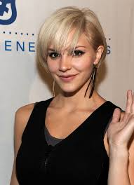 hairstyles for thick hair and heart face katharine mcphee s punk pixie short layered bobs layered bobs