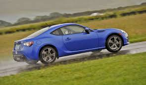 subaru sports car brz 2015 2013 scion fr s subaru brz safe and exciting sports car picks