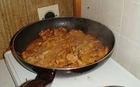 cuisiner aiguillette de poulet recette aiguillettes de poulet au paprika pas chère et express