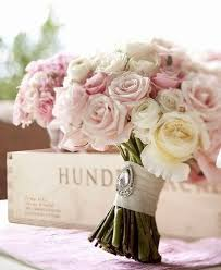 vintage bouquet stunning wedding bouquet vintage brooch satin ribbon