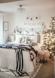 White Bedspread Bedroom Ideas Girls Christmas Bedroom Makeover Bedrooms Girls And Room