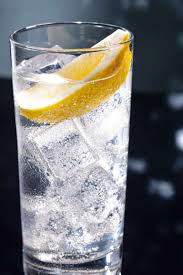 tom collins ingredients gin fizz recipe ingredients and history of a legendary drink