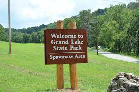 round table grand lake state park grand lake ok