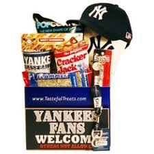 Nyc Gift Baskets Hit It Out Of The Park With The New York Yankees Baseball Gift