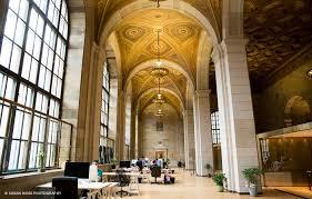 bureau partagé montreal six espaces de travail partagés à montréal spécifiquement pour les