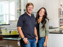 fixer upper u0027 stars chip and joanna gaines are launching a magazine