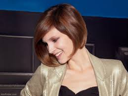 preppy hair women preppy and neat short bob haircut with graduation and a forward angle