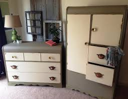 Painted Bedroom Furniture by Distressed Cream Bedroom Furniture Vivo Furniture