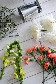 diy easter flower arrangement sequins at breakfast