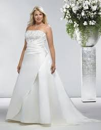 wedding dresses for larger wedding dresses for the larger sized brides because you re