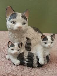 Home Interior Porcelain Figurines by Vintage Homco Porcelain Black U0026 White Mother Cat With Two Kittens