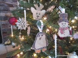how to make burlap ornaments