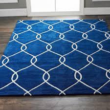 plush interlocking trellis rug shades of light