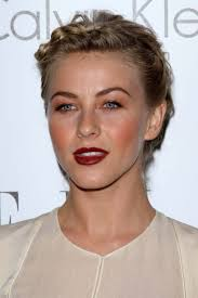 how does julienne hough style her hair get the look julianne hough hairstyle more com