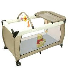 chambre bébé winnie chambre enfant winnie lit enfant pliable chambre bebe winnie l