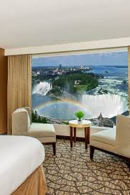 best 25 niagara falls hotels ideas on pinterest niagara falls embassy suites by hilton niagara falls king rooms while simple contain spacious baths