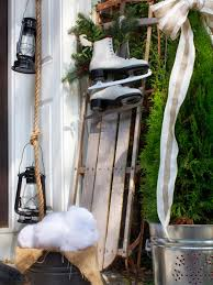 Images Of Outdoor Country Christmas Decorations 15 Diy Outdoor Holiday Decorating Ideas Hgtv U0027s Decorating