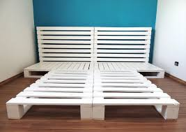 How To Make A Platform Bed With Pallets by Lovely Pallet Platform Bed With 42 Diy Recycled Pallet Bed Frame