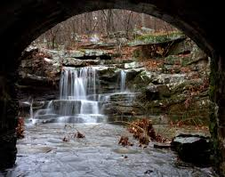 Arkansas waterfalls images 12 enchanting waterfalls in arkansas to visit this fall jpg