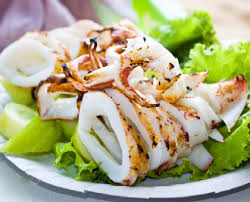 cuisiner le calamar recette calamars grillés au barbecue