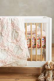 baby nursery collections with popular themes that make decorating