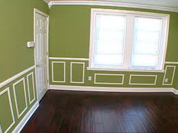 Painting Dining Room With Chair Rail How To Cutting And Hanging Decorative Molding Hgtv