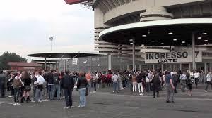 stadio san siro ingresso 8 il pubblico di aida entra allo stadio di san siro di