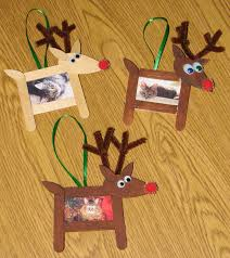 easy christmas kids crafts that anyone can make reindeer