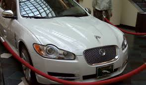 optional jaguar xf ornament looks horrid