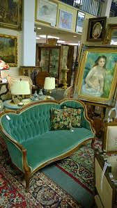 Light Green Sofa Set Best 25 Victorian Sofa Ideas Only On Pinterest Victorian Gothic