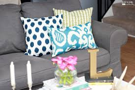 Living Room Pillows by 3 Ways To Mix And Match Throw Pillows Just A And Her Blog