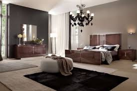 White Walls Dark Furniture Bedroom What Color Paint Goes With Dark Brown Furniture Bedrooms Bedroom