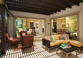 an expansive living space great for entertaining featured
