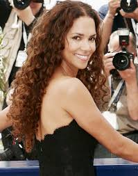 holly berry hairstyles in 1980 halle berry s hair transformation halle berry fashion and