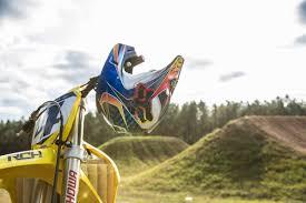 motocross crash helmets enduro21 first look 2018 fox racing helmet and gear