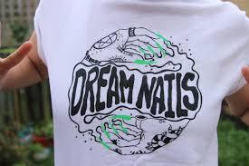 merch dream nails