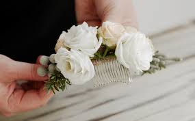 wedding flowers gloucestershire diy delicate floral bridal hair comb