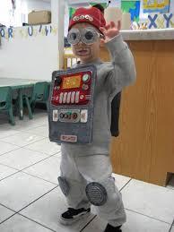 Robot Costume Halloween 25 Robot Costumes Ideas Robot Makeup