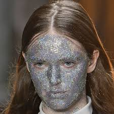 online make up classes instagram glitter masks make their debut at fashion week