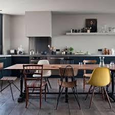 cuisine de loft transformation d un espace sans charme en loft chaleureux