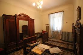 single house for sale ref 06 illcar