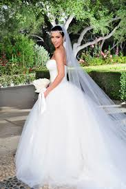 Designer Wedding Dresses 2011 9 Of The Most Expensive Celebrity Wedding Dresses Ever Priciest