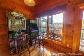pigeon forge cabin contentment 4 bedroom sleeps 12 jacuzzi