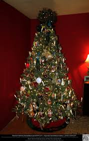 Christmas Ornaments Without Tree by Elaborately Decorated Christmas Tree Without Gifts By Damselstock