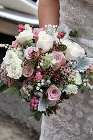 wedding flowers autumn best wedding flowers for october best october flowers ideas on