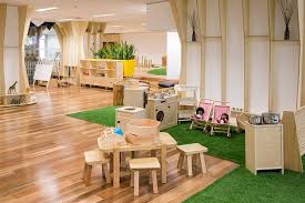 Daycare Room Dividers - awesome indoor play area okay this is amazing all the kids